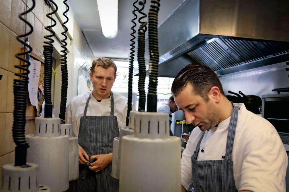 Ein Teller von Andree Köthe und Yves Ollech aus dem Essigbrätlein