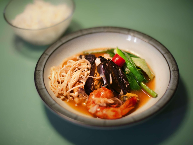 Maeuntang (Scharfe Suppe)