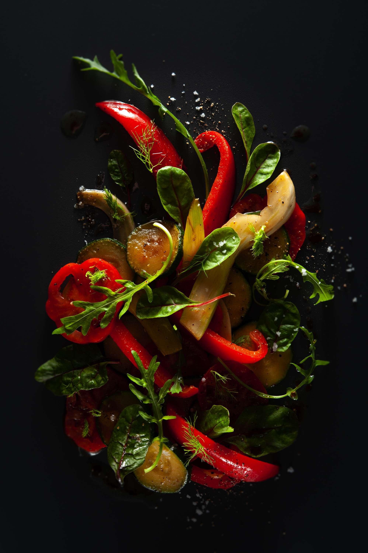 Gemüsesalat mit Balsamico-Vinaigrette