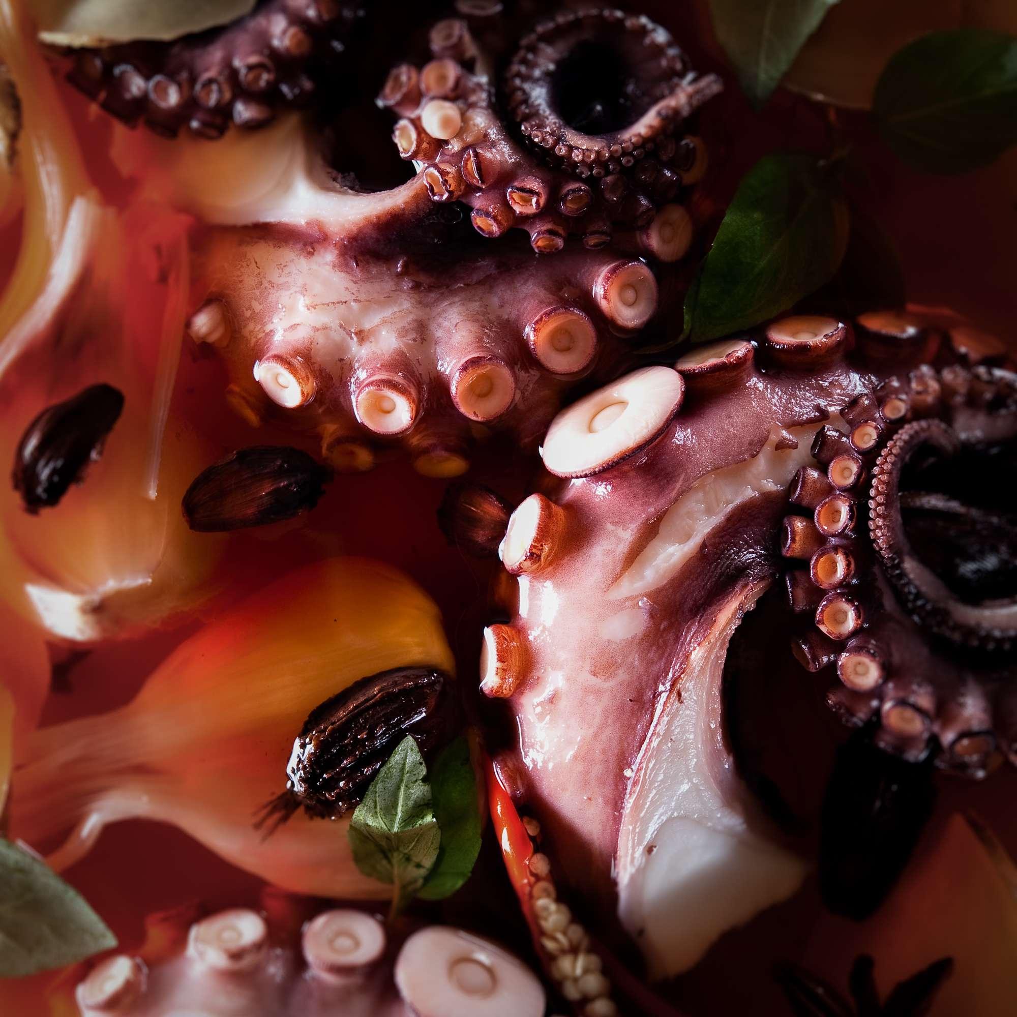 Marinierter Oktopus in Pflaumenwein