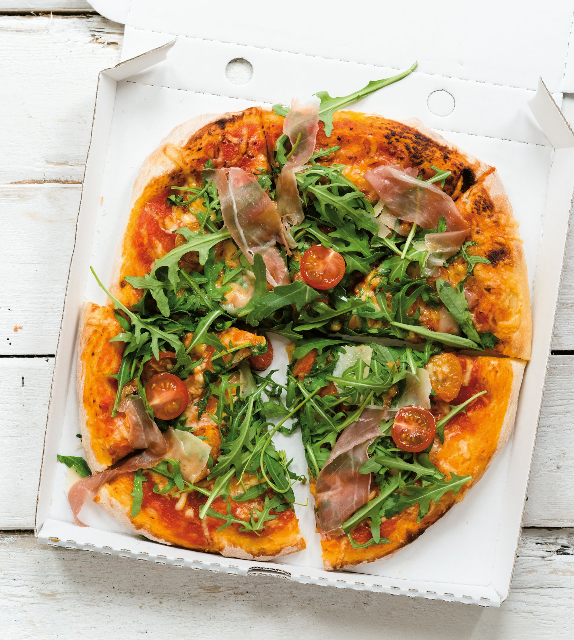 Pizza Rucola, Tomaten, Parmaschinken
