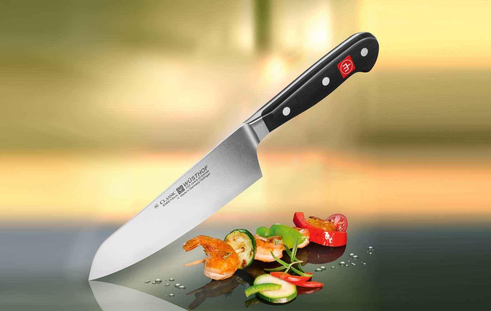 it diesem Messer lässt sich einfach alles schnell und unkompliziert Schneiden. Ob zum Schnibbeln und Portionieren von Gemüse, Obst, Fleisch, Fisch oder zum Wiegen und Hacken von feinen Kräutern – der Kitchen Surfer erledigt seinen Job perfekt und zuverlässig.