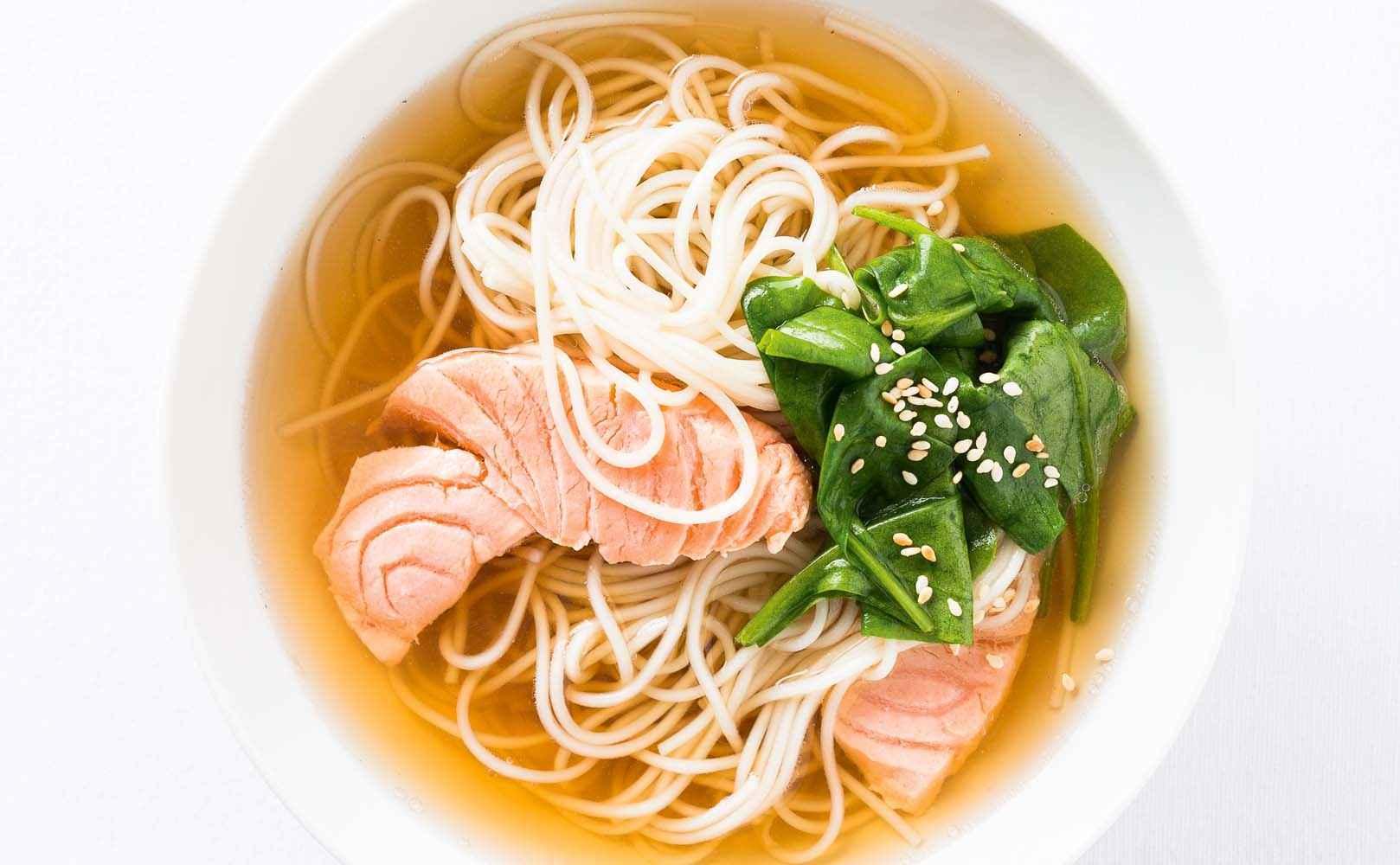 Go to Rezept für Japanische Dashi-Bowl mit falschem Dashi