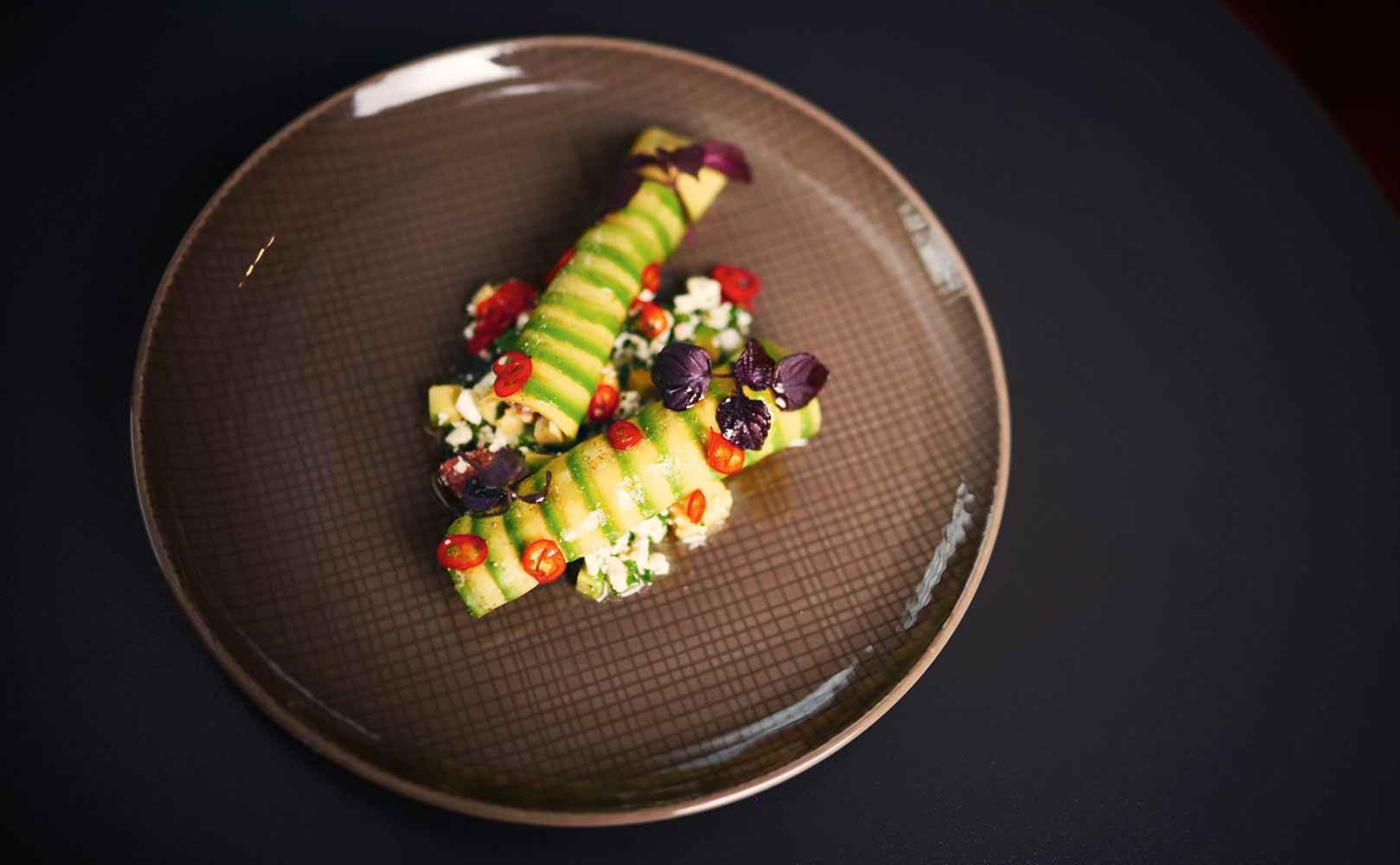 Go to Rezept für Avocado-Grapefruit-Salat mit Hüttenkäse