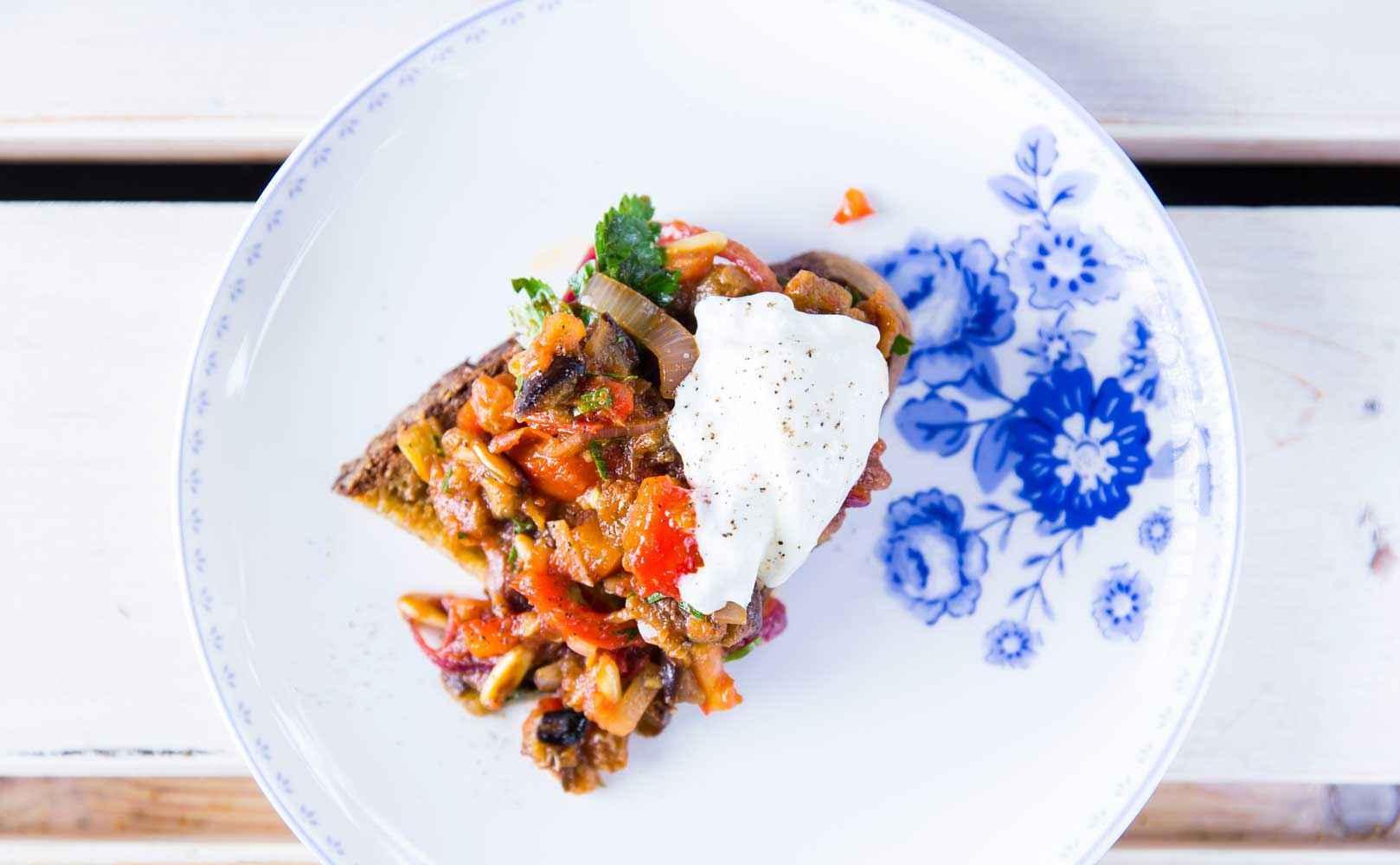 Rezept für Crostini mit Caponata à la Provence