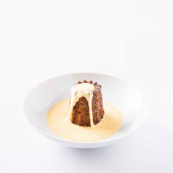Rezept für Rote-Bete-Schoko-Muffin mit »gewürzter« Vanilleeis-Sauce
