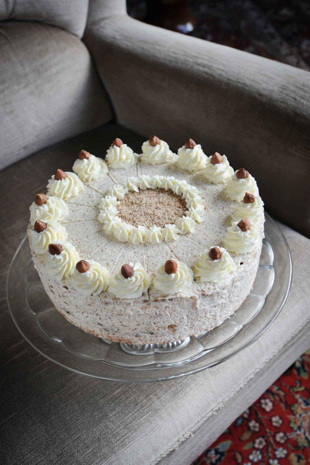 Oma Lenes Sahne Nuss Torte Effilee