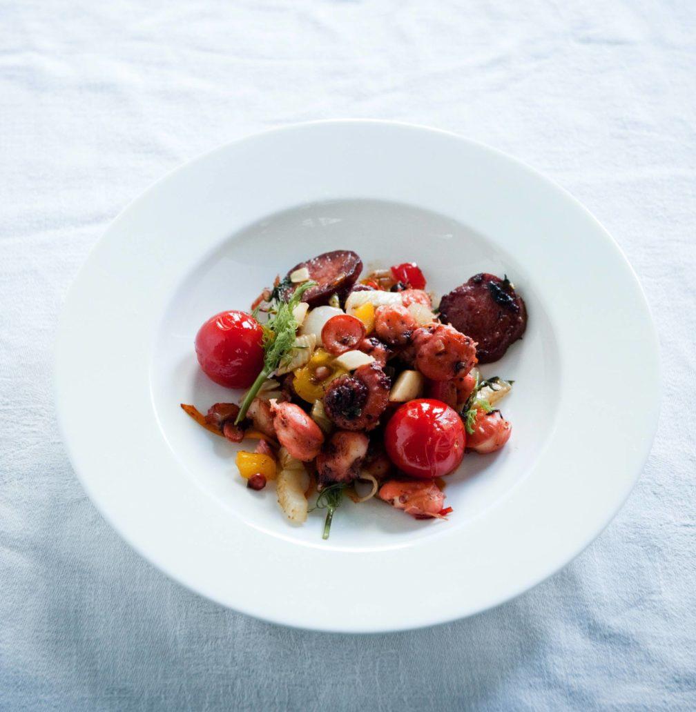 Pulpo mit Chorizo, Fenchel und Tomaten