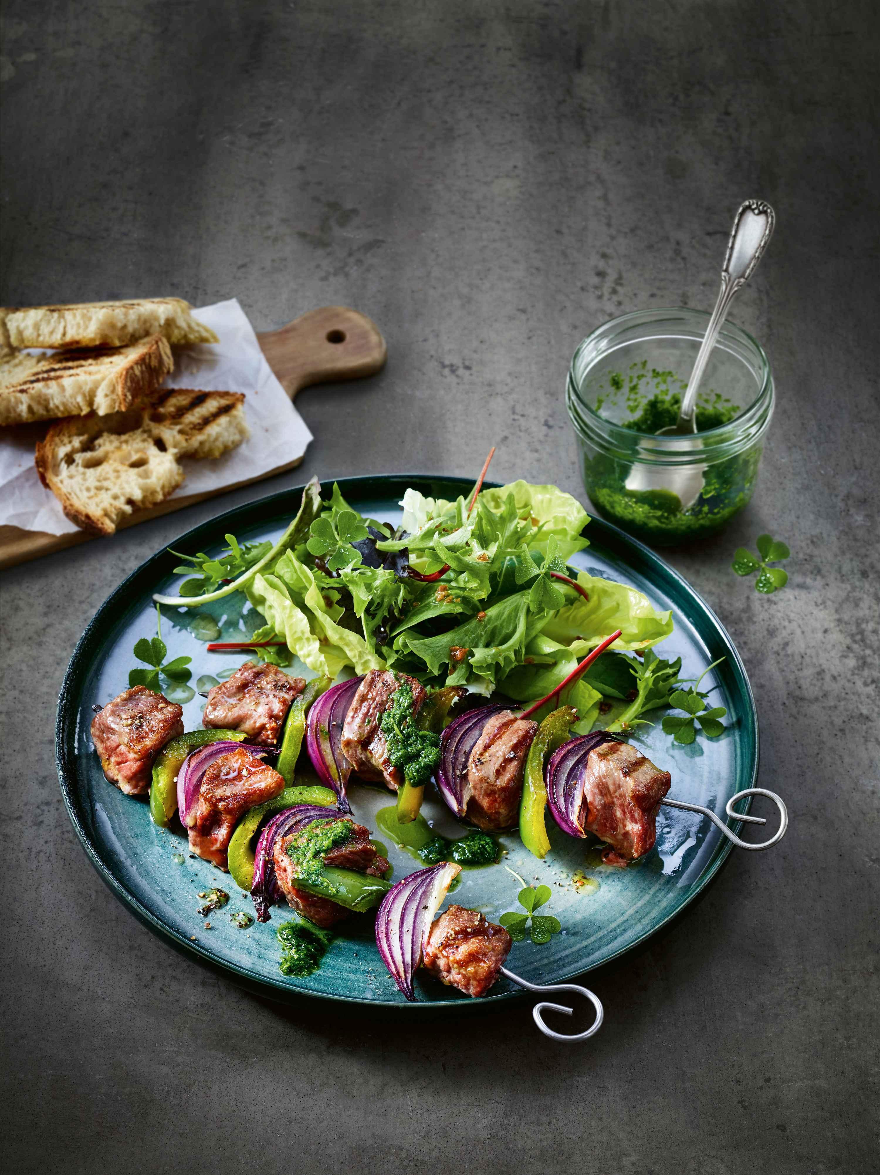 Lamm-Kebab mit Bärlauch-Marinade
