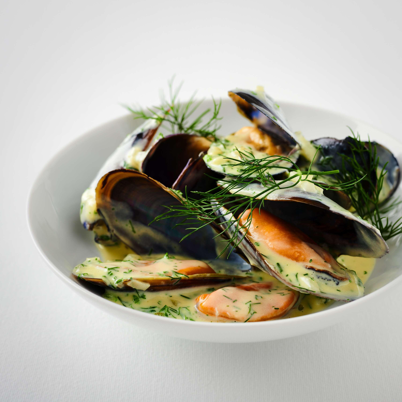Mouclade – Muscheln in Kräuter-Weißwein-Sauce