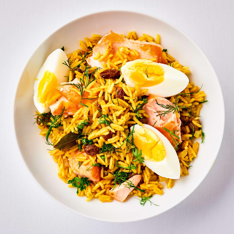 Kedgeree-Reis mit geräuchertem Lachs