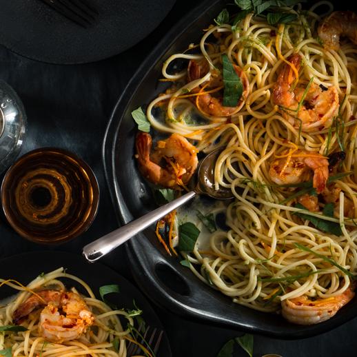 Limetten-Kokos- Spaghetti mit Orangen-Garnelen