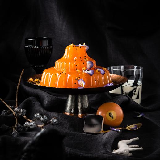 Zitrus-Wackelpudding mit Thai-Basilikum-Vanillesauce