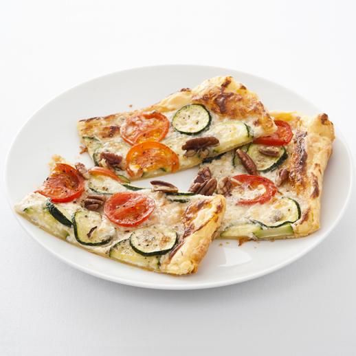 Zucchini-Gorgonzola-Quiche mit Pekan Nüssen