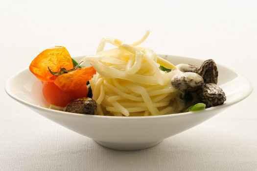 Spargelspaghettini, Rechteinhaber: Andrea Thode, Lizenzvereinbarung: Nutzung nur auf Effilee