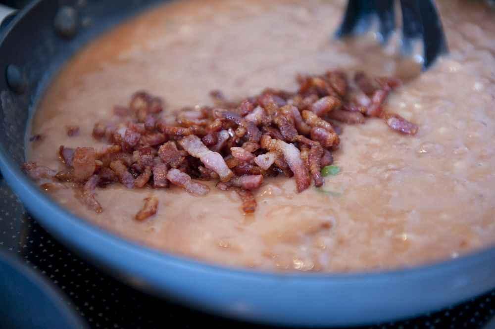 Bohnensauce, eine wichtige Zutat in Mexiko