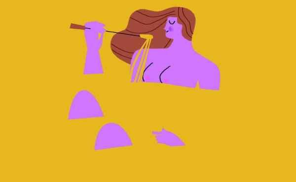 Frau badet in geschmolzenem Käse