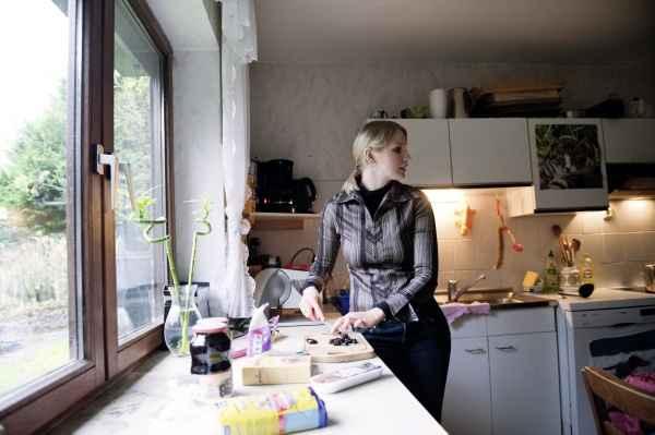 Edita Haase, 27, Litauen, kocht Saldi Sriuba