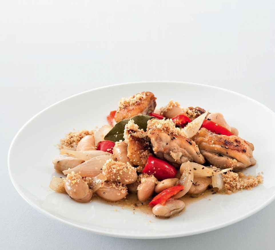 Hähnchen-Cassoulet mit Bohnen und Paprika